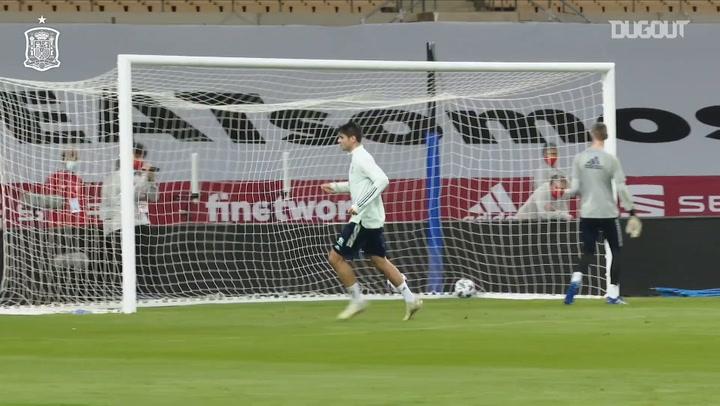 Morata scores three incredible goals in Spain training