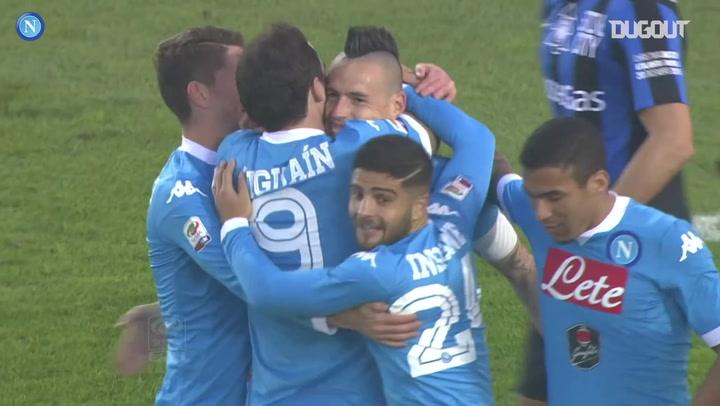Higuain scores twice in Napoli win at Atalanta