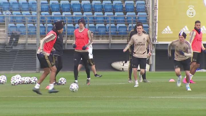 Última sesión del Real Madrid previa al debut en la Copa del Rey