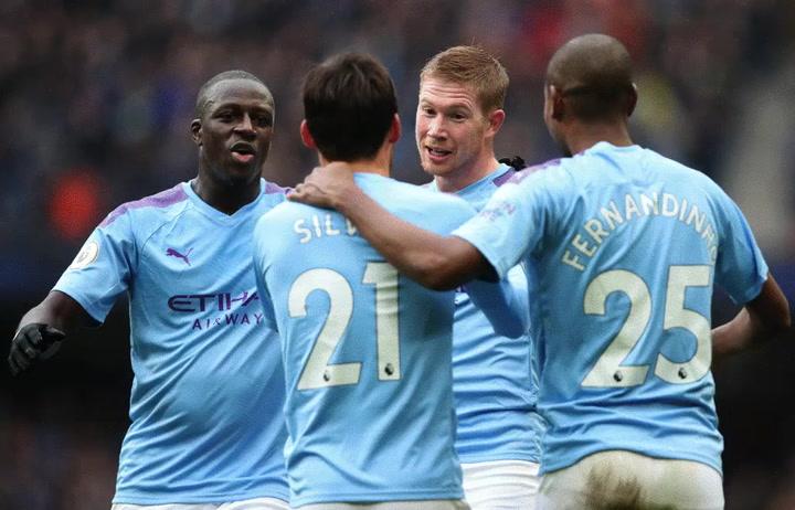 La victoria del City ante el Aston Villa, en imágenes