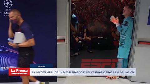 La imagen viral de un Messi abatido en el vestuario tras la humillación