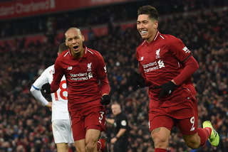 Liverpool sufre contra el Crystale Palace y se mantiene líder de la Premier League