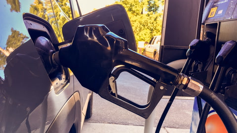 Oregonians Panic  at the Pumps