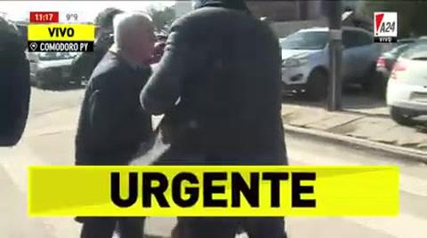 Lascurain se tomó a golpes con la prensa tras declarar ante Bonadio