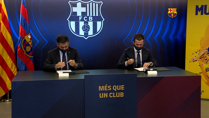 Pjanic firma como nuevo jugador del FC Barcelona