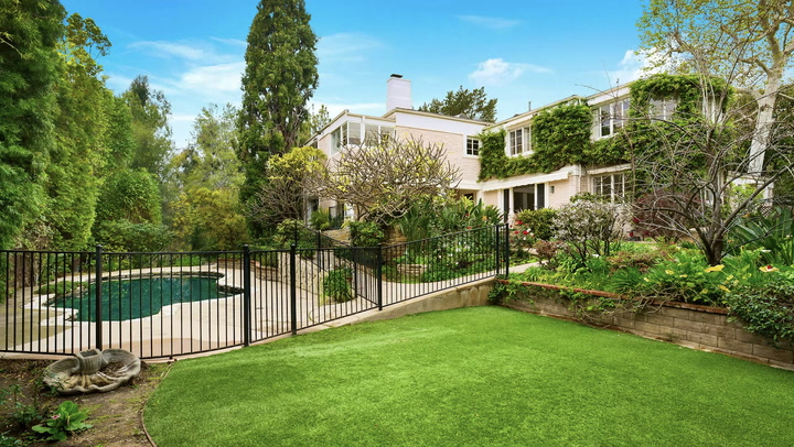 Whoopi Goldberg's Former Home Is an Oasis on the 'Palisades Riviera'