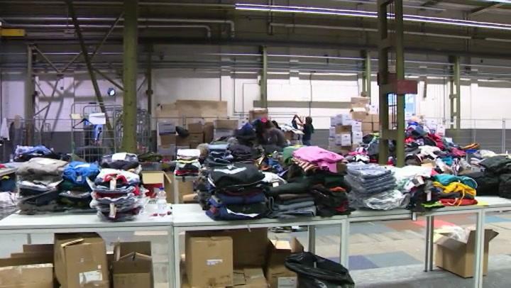 Vrijwilligers aan het werk in Welkom Winkel