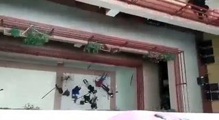 Siete estudiantes mueren al caer del cuarto piso en universidad boliviana