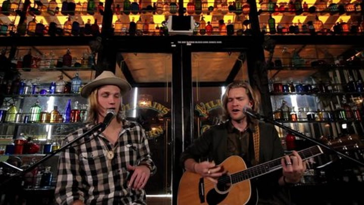 """Shows: Carson Daly: Jamestown Revival Performs """"The Truth"""""""