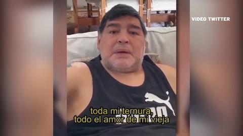 Maradona, al borde del llanto: