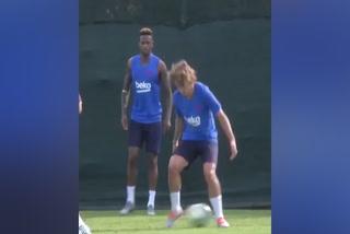 Rakitic ''humilla'' a Griezmann en su primer entreno como jugador del Barcelona