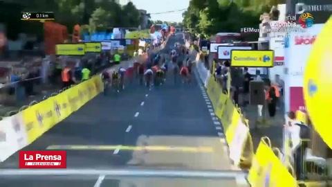 Ciclista en coma inducido tras sufrir espeluznante caída en el Tour de Polonia