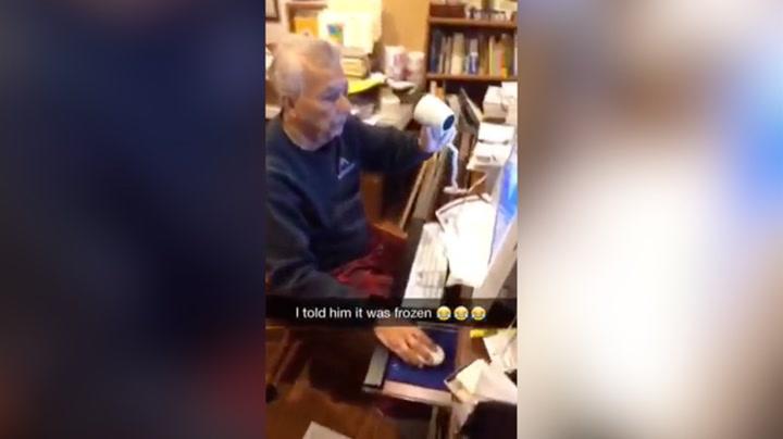 Bestefar lurt trill rundt: Trodde dataen var frosset