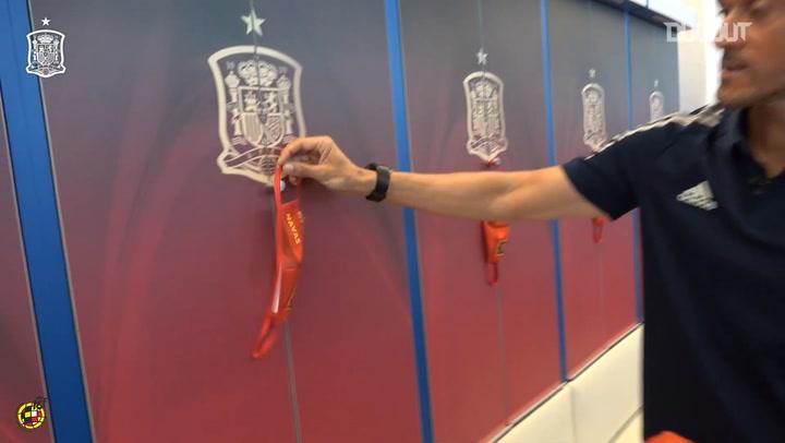 Luis Enrique uses masks to announce Spain squad