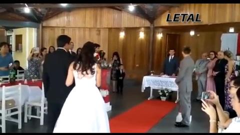 El gemido viral de WhatsApp arruinó una boda