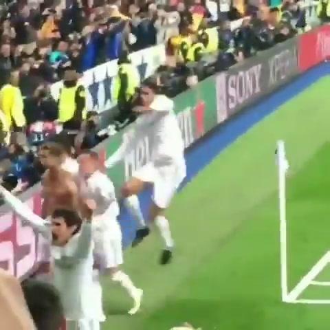 Cristiano rescató al Real Madrid con un dudoso penal en el descuento y le dio la clasificación