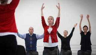Individuals with Parkinson's participate in dance class
