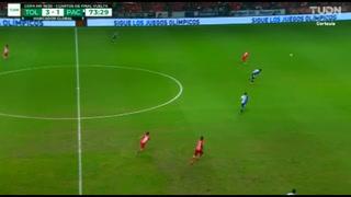 Pecó de confianza: El grave error de Denil Maldonado en cuarto gol de Toluca