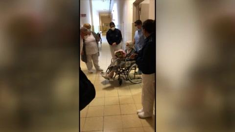 Mujer de 101 años supera la covid-19 y sale de alta en Argentina