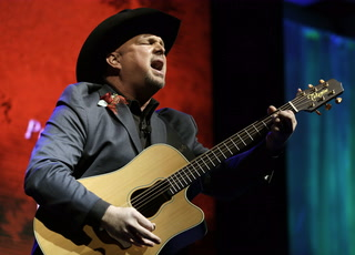 Garth Brooks reschedules concert at Allegiant Stadium – Video