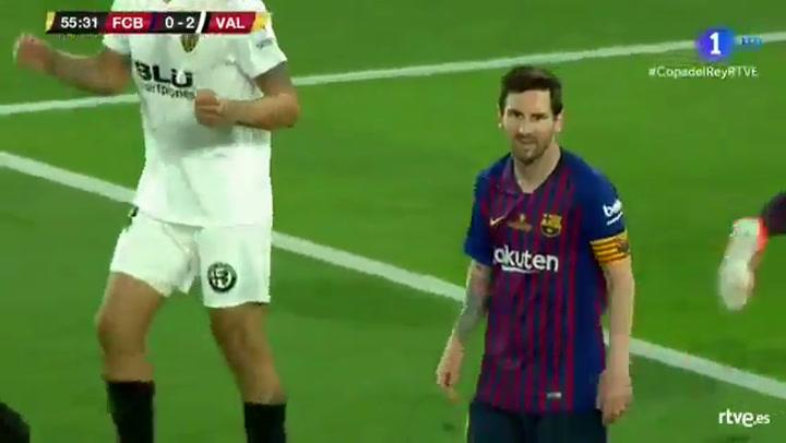 Copa del Rey: Barça-Valencia. Ocasión de Messi al palo