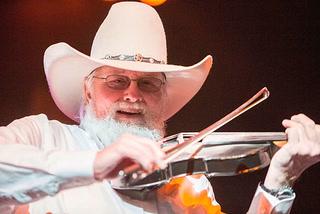 Charlie Daniels, 'Devil Went Down to Georgia' singer, dead at 83 – Video