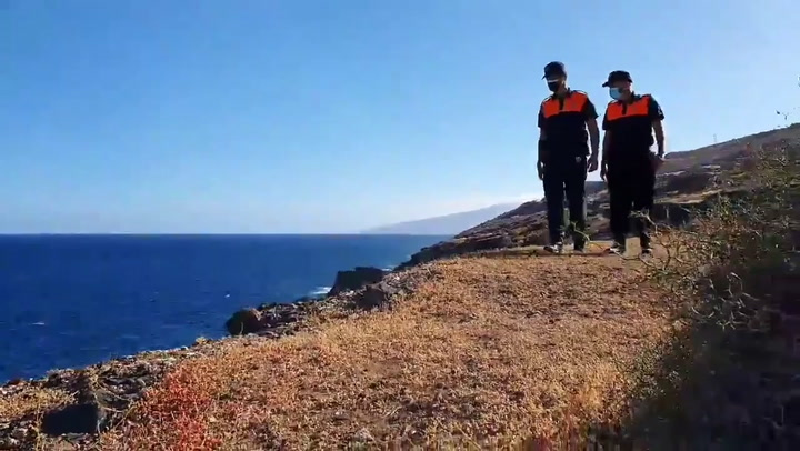 Voluntarios de protección Civil de Tenerife siguen buscando a las niñas desaparecidas