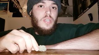 Canadian Cannabis Strain Review - U.K. Cheese