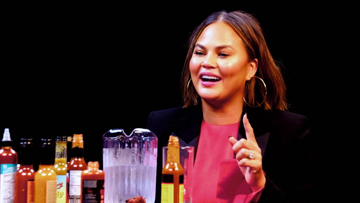 Chrissy Teigen: Hot Ones