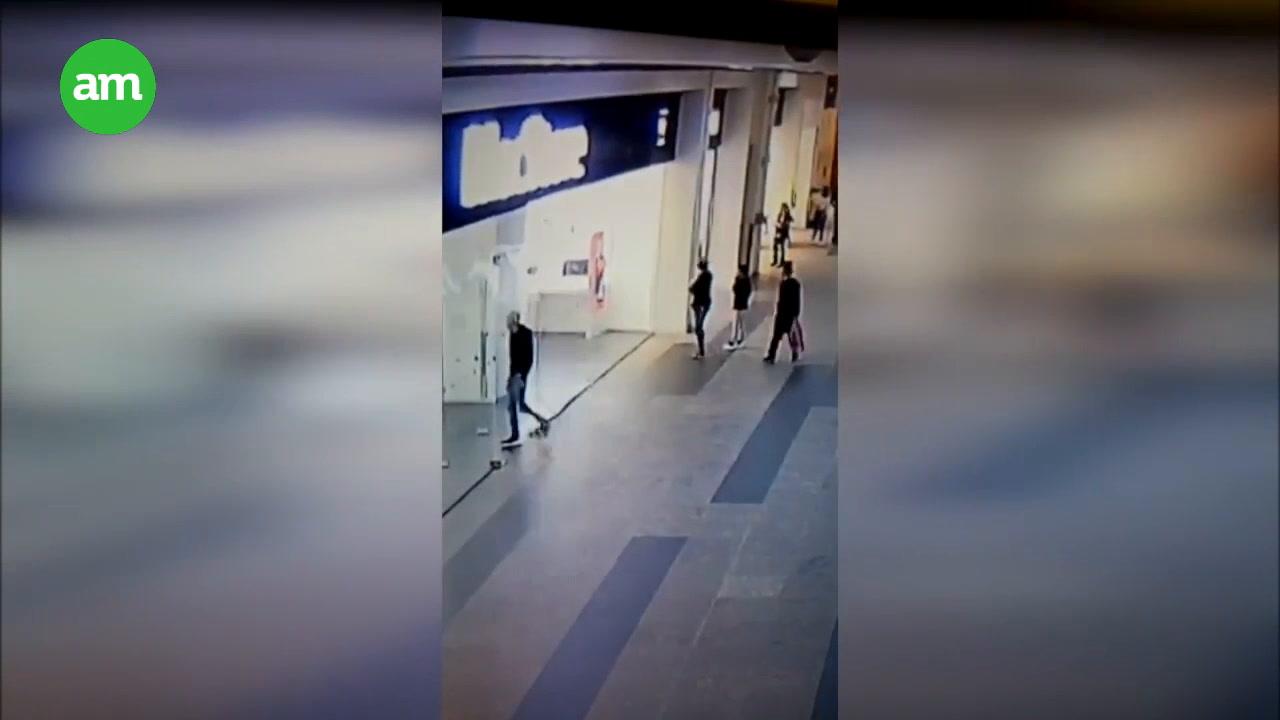 ¡Quedan expuestos en este VIDEO! Graban asalto en MacStore de Altacia