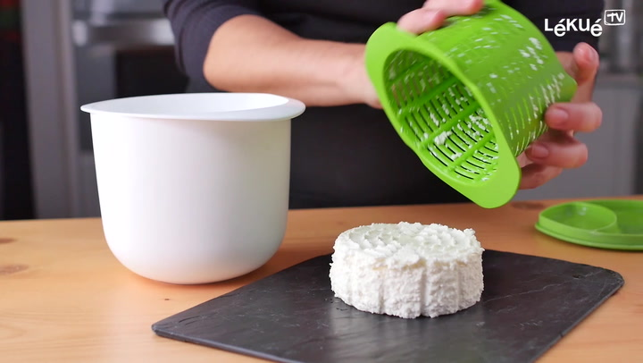 Preview image of Lekue Silicone Microwave Cheese Maker video