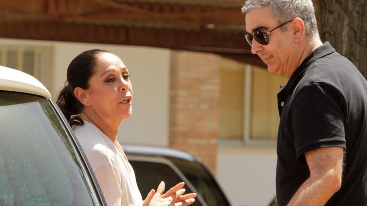 El regreso de Isabel Pantoja a la televisión, empañado por sus conflictos familiares