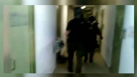 Filtran el video de la requisa a la celda de Alan Funes en Piñero
