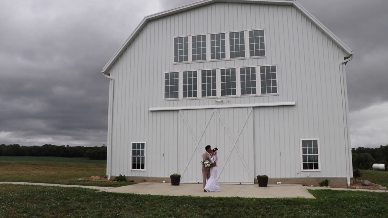 Irennemarie + Ray | North Lawrence, Ohio | White Rose Barn