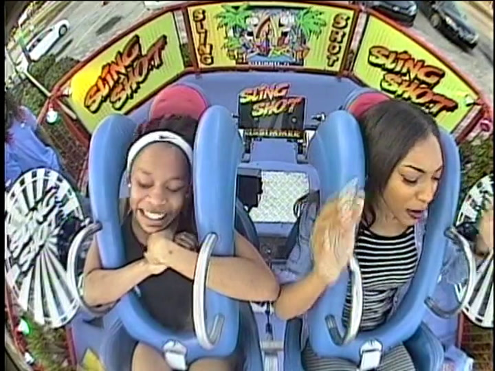 Girl Passes Out During Slingshot Ride While Her Friend Has A Very