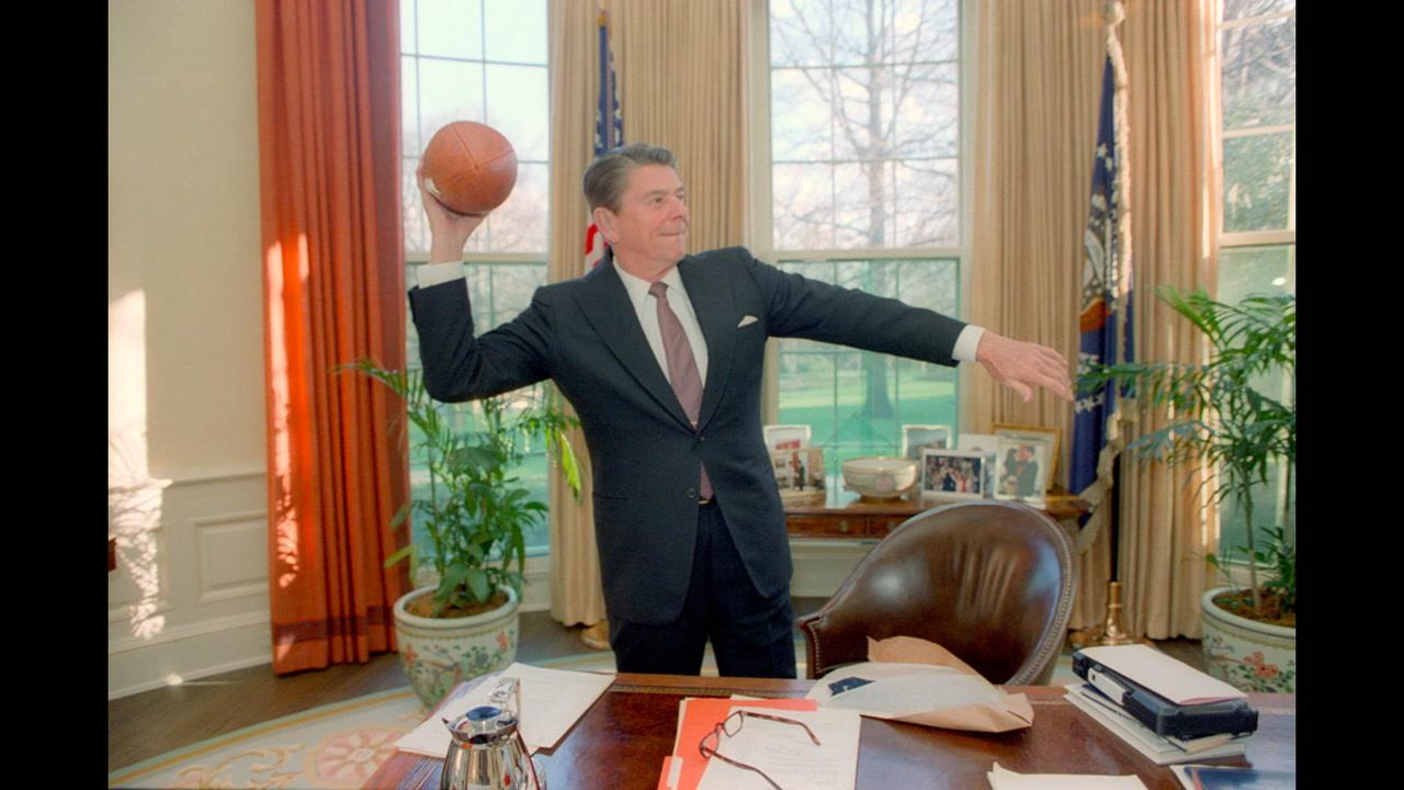 <em>L'ABC de la politique américaine #19</em>: le président et le football [VIDÉO]