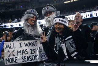 Raiders fans react to possible final game in Oakland