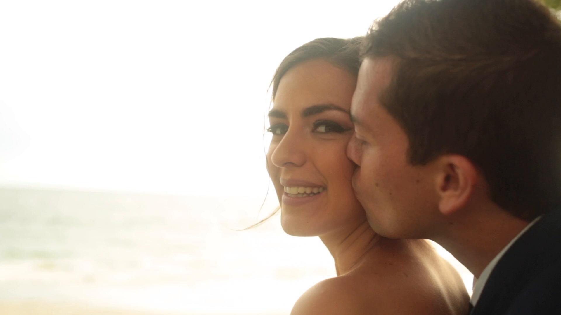 Isabel + Carlos   Nuevo Vallarta, Mexico   a beach