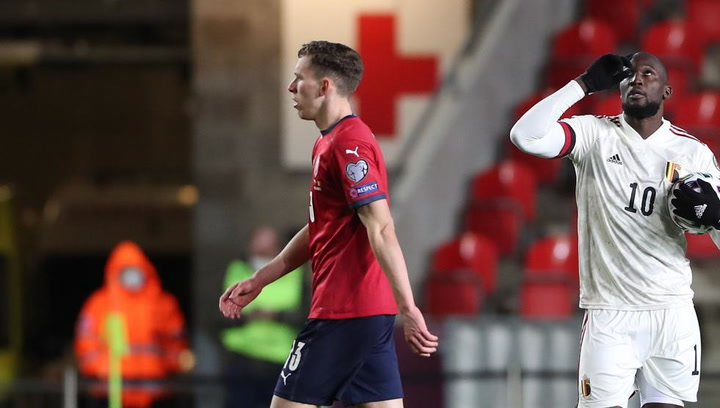 1-1: Lukaku araña un punto para Bélgica