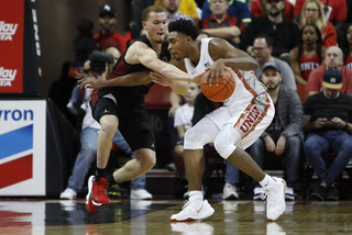 UNLV basketball prepares for Utah State's home court advantage – Video