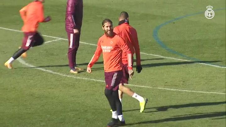 Último entrenamiento del Real Madrid antes de recibir al Borussia Monchengladbach