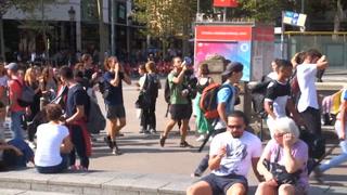 Independentistas catalanes salen a las calles en protesta tras condena a sus líderes