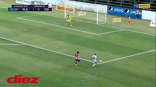 Luis Palma lo volvió a hacer: se quitó las marcas y asistió en doblete de Ángel Tejeda ante Platense