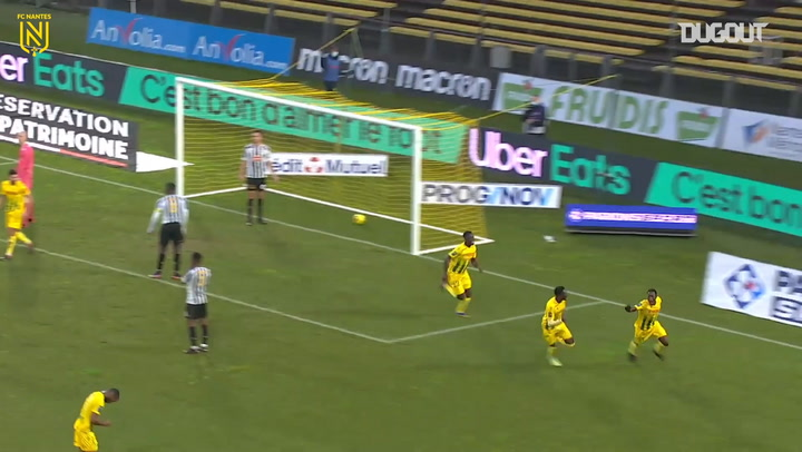 Charles Traoré first lucky goal with Nantes