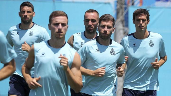 El Espanyol se ejercita tras la derrota ante el Betis