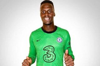 OFICIAL: El Chelsea se sigue armando y anuncia el fichaje de un portero senegalés