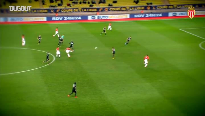Incredible Goals: Radamel Falcao Vs Stade Malherbe Caen