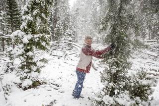 Mount Charleston sees rare May snowfall