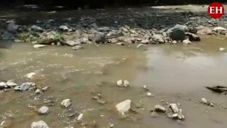 Vecinos denuncian derrame de aguas residuales sobre río en Comayagua
