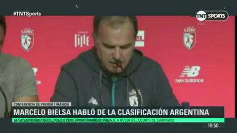 El Loco Bielsa habló sobre la clasificación argentina al Mundial y defendió a los jugadores